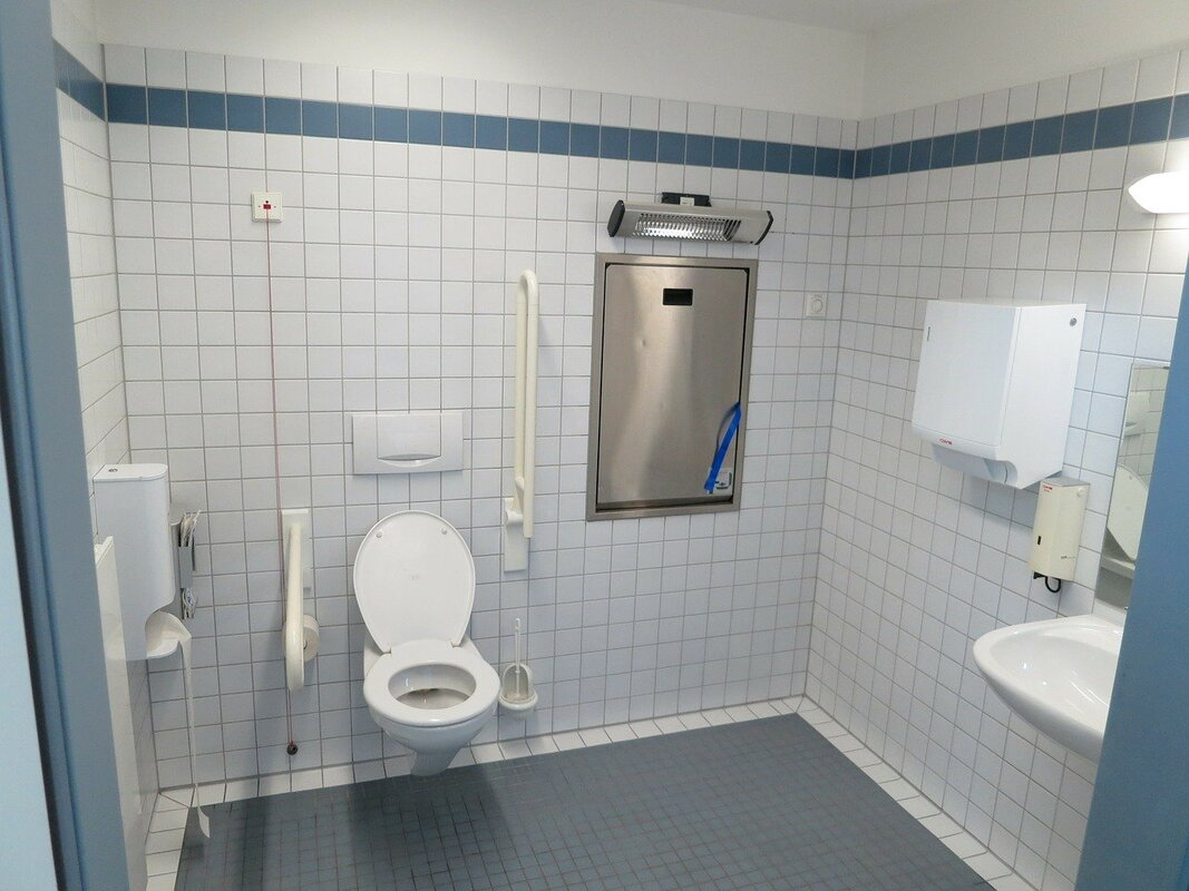 Mobility bathroom after total renovation by our professional bathroom fitter